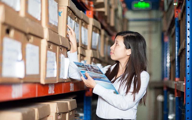 Lưu trữ, cập nhật, bảo quản hồ sơ